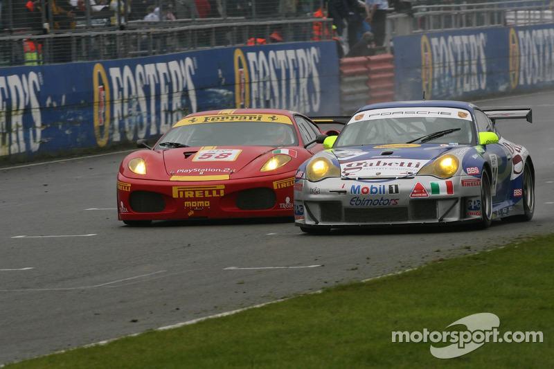 #58 AF Corse Ferrari 430 GT2: Matteo Bobbi, Jaime Melo, #74 Ebimotors Porsche 996 GT3 RSR: Luigi Moccia, Emanuele Busnelli