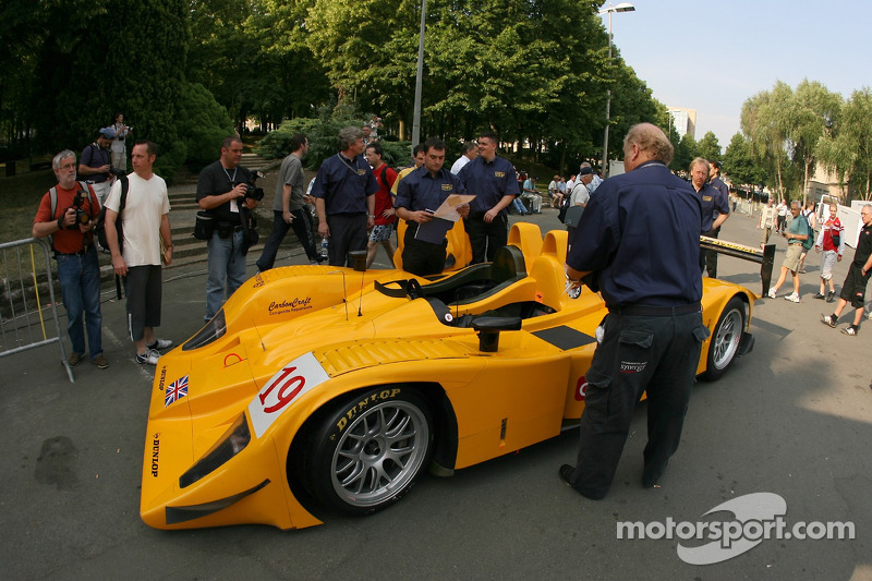 Chamberlain - Synergy Motorsport Lola B06-10 AER at scrutineering