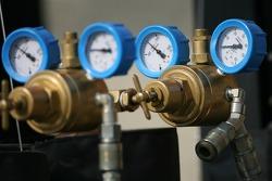 Air pressure gauges