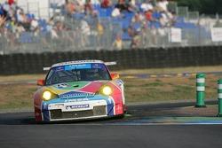 #76 IMSA  Performance Matmut Porsche 911 GT3 RSR: Romain Dumas, Raymond Narac, Luca Riccitelli