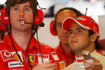 Rob Smedly, Felipe Massa Ferrari Engineer with Felipe Massa