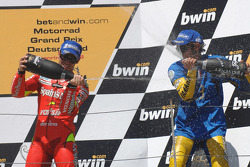 Podium: champagne for Valentino Rossi and Marco Melandri