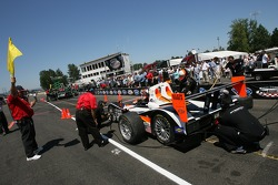 Pit crew challenge: Clint Field and the Intersport Racing crew at work