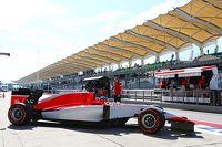 Will Stevens, Manor Marussia F1 Team leaves the pits