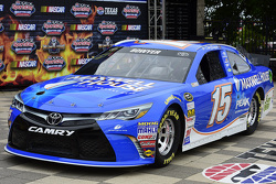 Clint Bowyer, Michael Waltrip Racing Toyota in new sponsor livery Maxwell House