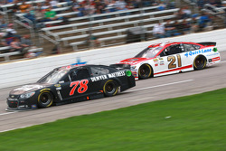 Martin Truex Jr., Furniture Row Racing Chevrolet and Ryan Blaney, Woods Brothers Racing Ford