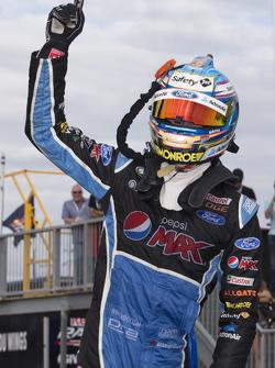 Winner Mark Winterbottom, Prodrive Racing Australia