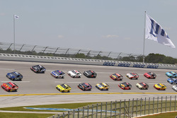 Pack racing at Talladega
