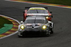 #88 Abu Dhabi-Proton Racing Porsche 911 RSR: Christian Ried, Khaled Al Qubaisi, Klaus Bachler