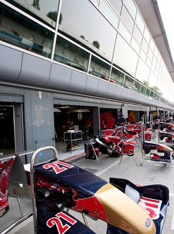 Front wings in front of the Scuderia Toro Rosso garage