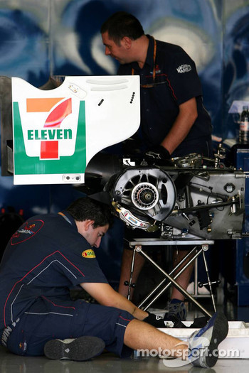 Red Bull mechanics