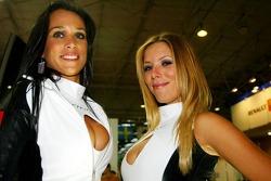 Sao Paulo Motorshow: lovely hostesses
