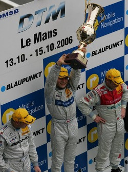 Podium: Mika Hakkinen, Bruno Spengler and Tom Kristensen