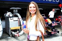 Formula Unas: Katie Larmour