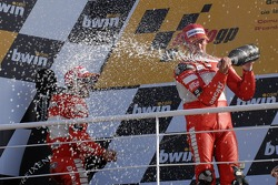 Podium: champagne for Troy Bayliss and Loris Capirossi
