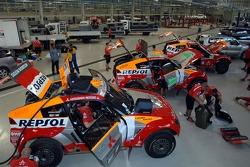 Mitsubishi Team workshop