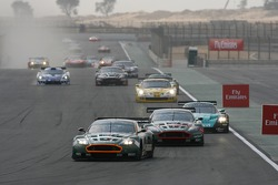 Start: #23 Aston Martin Racing BMS Aston Martin DBR9: Matteo Malucelli, Fabio Babini leads the field