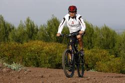 Team Repsol Mitsubishi Ralliart fitness in Britanny: Hiroshi Masuoka