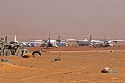 Airplanes in Atar