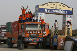 Truck category podium: Elisabete Jacinto, Alvaro Velhinho and Rui Porelo