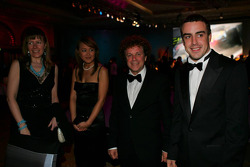 Gala dinner: Fernando Alonso and Leo Sayer