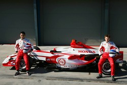 Takuma Sato, Super Aguri F1 and Anthony Davidson, Super Aguri F1 Team, Super Aguri F1 Team, SA07, Launch