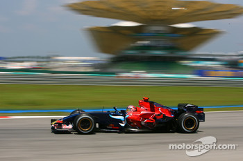 Vitantonio Liuzzi, Scuderia Toro Rosso, STR02