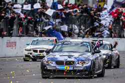 Checkered flag: #51 Adrenalin Motorsport BMW 335i E92: Niels Borum, Maurice O'Reilly, Michael Eden, Wayne Moore