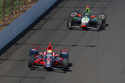 Justin Wilson, Andretti Autosport Honda and Townsend Bell, Dreyer and Reinbold Racing Chevrolet