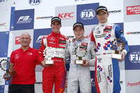 Race 1 Podium: second place Mikkel Jensen, Mücke Motorsport and winner Felix Rosenqvist, Prema Powerteam and third place Jake Dennis, Prema Powerteam