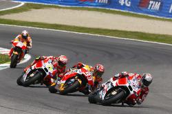 Andrea Dovizioso, Ducati Team and Marc Marquez, Repsol Honda Team and Andrea Iannone, Ducati Team and Dani Pedrosa, Repsol Honda Team