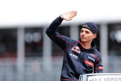 Max Verstappen, Scuderia Toro Rosso, tijdens de rijdersparade