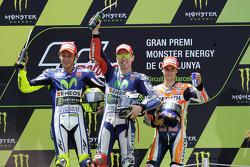 MotoGP 2015 Motogp-catalan-gp-2015-second-place-valentino-rossi-and-winner-jorge-lorenzo-yamaha-factor