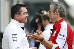 Eric Boullier, McLaren Racing Director met Maurizio Arrivabene, Ferrari teambaas
