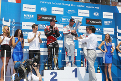 Podium: race winner Jose Maria Lopez, Citroën C-Elysée WTCC, Citroën World Touring Car team, second place Norbert Michelisz, Honda Civic WTCC, Zengo Motorsport, third position Ma Qing Hua, Citroën C-Elysée WTCC, Citroën Total WTCC