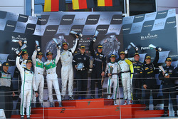 Podium: race winners Albert von Thurn und Taxis, Nicky Catsburg