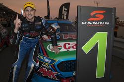 Race winner Mark Winterbottom, Prodrive Racing Australia Ford