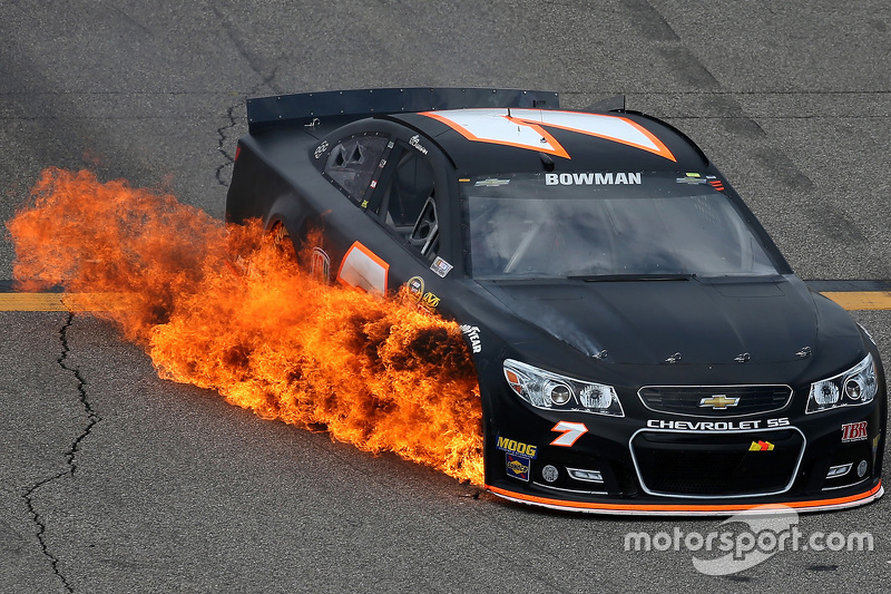 Alex Bowman, Tommy Baldwin Racing Chevrolet on fire