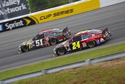 Justin Allgaier, HScott Motorsports Chevrolet and Jeff Gordon, Hendrick Motorsports Chevrolet