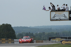 #31 Action Express Racing Corvette DP: Eric Curran, Dane Cameron takes the win