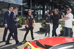 Tim Slade, James Warburton, V8 Supercars CEO and NSW Premier Mike Baird