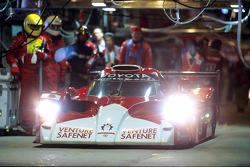 丰田车队2号丰田GT-One:阿兰·麦克尼什、亨利·波特森、拉尔夫·凯伦纳斯