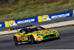 #99 Craft-Bamboo Aston Martin: Darryl O'Young, Daniel Lloyd