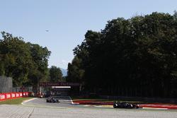 Stoffel Vandoorne, ART Grand Prix leads Sergio Canamasas, Team Lazarus