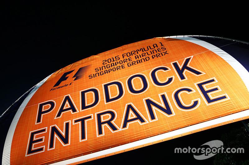 Paddock entrada
