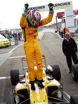 Antonio Giovinazzi, Jagonya Ayam with Carlin Dallara F312 - Volkswagen