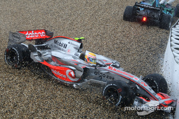 Lewis Hamilton, McLaren Mercedes, MP4-22, hits the barrier