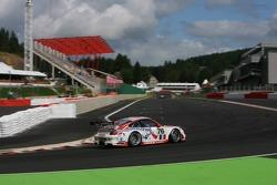 #76 IMSA Performance Matmut Porsche 997 GT3 RSR: Richard Lietz, Patrick Long, Raymond Narac