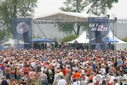 Gretchen Wilson performing her Miller Lite Rock N Racing concert on the Miller Lite Stage