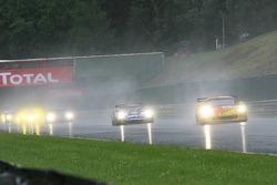 Restart: #5 Carsport Holland Corvette C6R: Jean-Denis Deletraz, Mike Hezemans, Fabrizio Gollin, Marcel Fassler leads the field